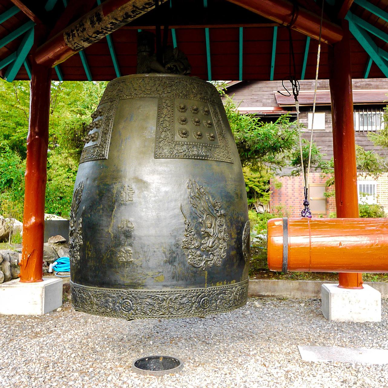 安曇野金剛寺の梵鐘