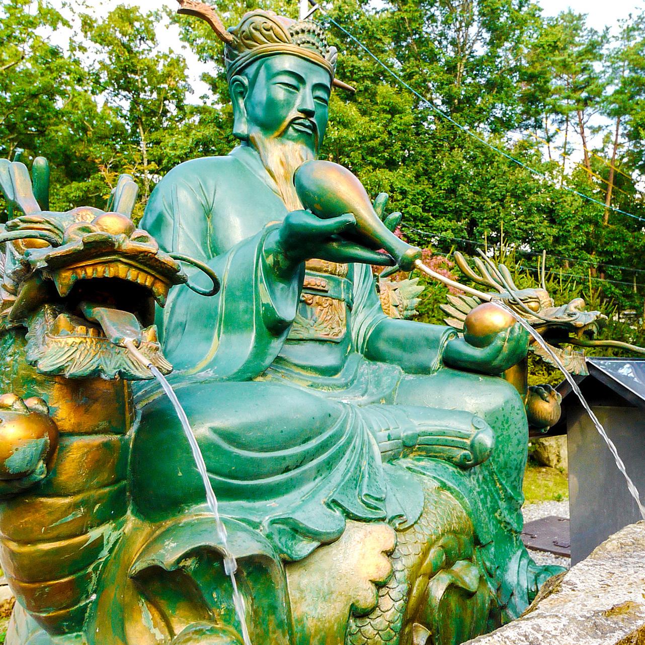 安曇野金剛寺の龍然井